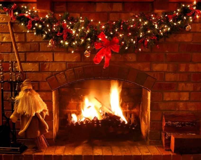 Christmas Fireplace ~ log fire burns in open fireplace, with Christmas ...