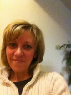 Author Angela Ford